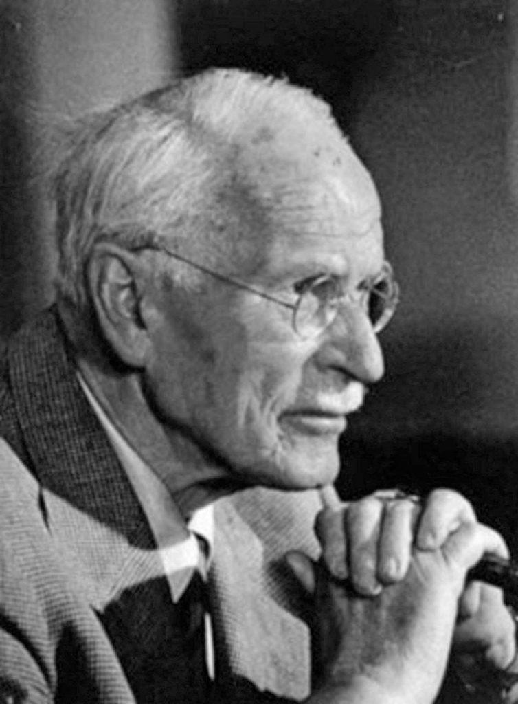 Carl Gustav Jung – la psicología transpersonal – Diferencias con Freud